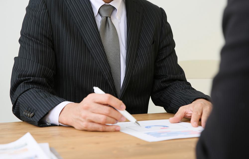 長期間売れない時は不動産業者の値下げの提案を受け入れる